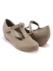 Candie's New York  Women Brown Wedges