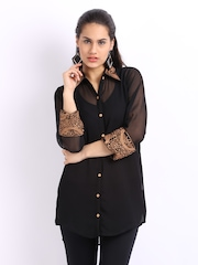 Aneri Women Black Embroidered Tunic