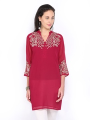 Aneri Women Magenta Embroidered Tunic