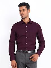Arrow Men Burgundy Slim Fit Formal Shirt