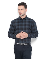 Arrow New York Men Blue & Black Checked Slim Fit Smart-Casual Shirt