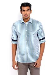 Arrow Sport Men White & Blue Checked Regular Sport Fit Casual Shirt
