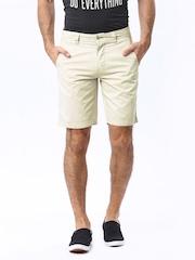 Basics Men Beige Comfort Fit Shorts