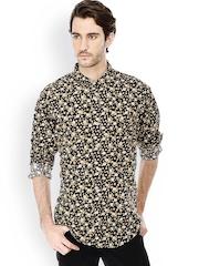 Basics Men Black Slim Fit Printed Casual Shirt