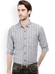 Men Blue & White Slim Fit Checked Casual Shirt Basics