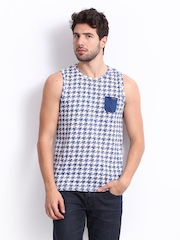 Basics Men White & Blue Printed T-shirt