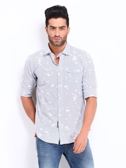 Basics Men White & Blue Checked Slim Fit Casual Shirt