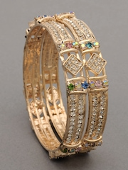 Bindhani Women Gold Coloured Set of Two Bangles