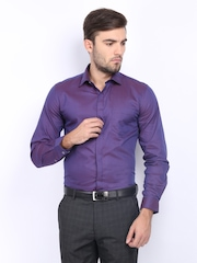 Black Coffee Men Purple & Blue Two-Toned Slim Fit Formal Shirt