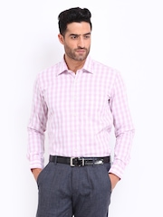 Black Coffee Men Pink & White Checked Slim Fit Formal Shirt