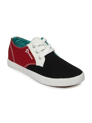 Breakbounce Men Black & Red Casual Shoes