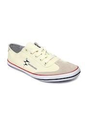Breakbounce Men beige Casual Shoes