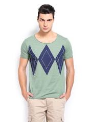 Breakbounce Men Green & Blue Printed Buddy Hug Regular Fit T-shirt