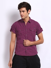 Breakbounce Men Magenta Neo Slim Fit Casual Shirt