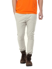 Breakbounce Men Vector Off-White Skinny Fit Chinos