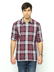 Burnt Umber Men Red & Navy Checked Slim Fit Casual Shirt