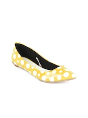 Catwalk Women Yellow Polka Dot Flat Shoes