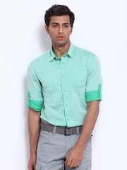 Celio Men Green Slim Fit Casual Shirt
