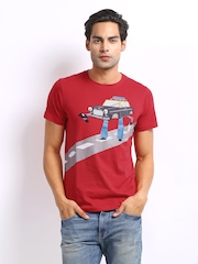 Chumbak Men Red Taxi Print T-shirt