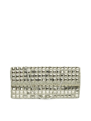 D Muse by DressBerry Silver Toned Clutch