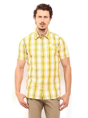 Derby Men Yellow & White Checked Slim Fit Casual Shirt