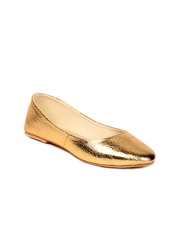 Do Bhai Women Gold Toned Ballerinas