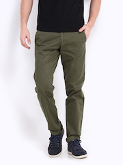 EFFC Men Olive Green Slim Fit Chino Trousers