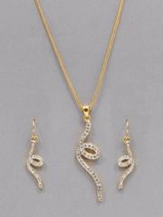 Estelle Women Golden Studded Earring and Pendant Set