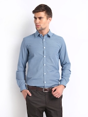 Excalibur Men Blue Checked Slim Fit Smart-Casual Shirt