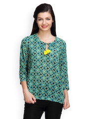 Famous by Payal Kapoor Women Green Printed Top