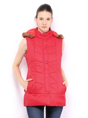 Women Red Padded Sleeveless Jacket Fort Collins 389725