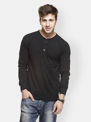 Gritstones Men Black T-shirt