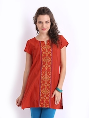 Global Desi Women Orange Embroidered Kurti