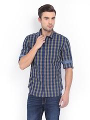 HIGHLANDER Men Navy & Green Checked Casual Shirt