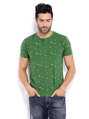 HRX Men Green Printed Slim Fit T-shirt