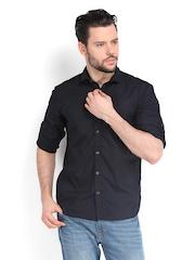 Highlander Men Black Slim Fit Casual Shirt
