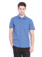 Highlander Men Blue & Black Checked Slim Fit Casual Shirt
