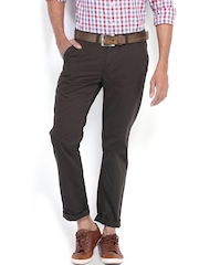 Highlander Men Dark Brown Slim Fit Chino Trousers