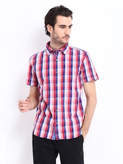Highlander Men Navy & Red Checked Slim Fit Casual Shirt