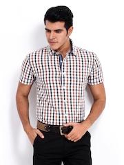 Highlander Men White & Blue Checked Slim Fit Casual Shirt