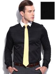 INVICTUS Men Black Slim Fit Formal Shirt