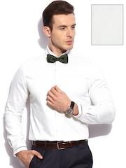 INVICTUS Men White Slim Fit Formal Shirt