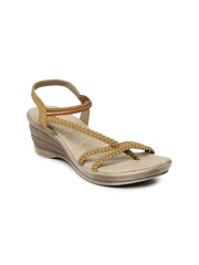 Inc 5 Women Light Brown Sandals