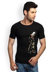 Incynk Men Black Graphic Printed T-shirt
