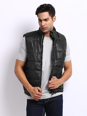 Indian Terrain Men Black Padded Sleeveless Jacket
