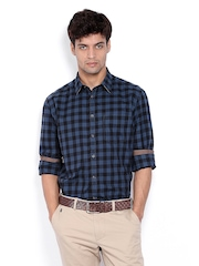 Indian Terrain Men Blue & Black Checked Slim Fit Casual Shirt