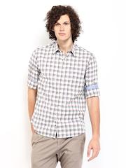 Indian Terrain Men Cream-Coloured & Blue Checked Slim Fit Casual Shirt
