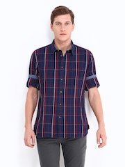 Indian Terrain Men Navy & Red Checked Slim Fit Casual Shirt