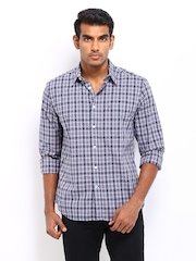 Indian Terrain Men Navy & White Checked Slim Fit Casual Shirt