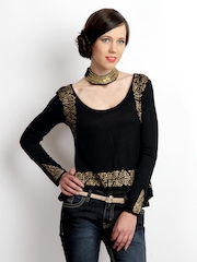 Ira Soleil Women Black & Gold Printed Crop Top